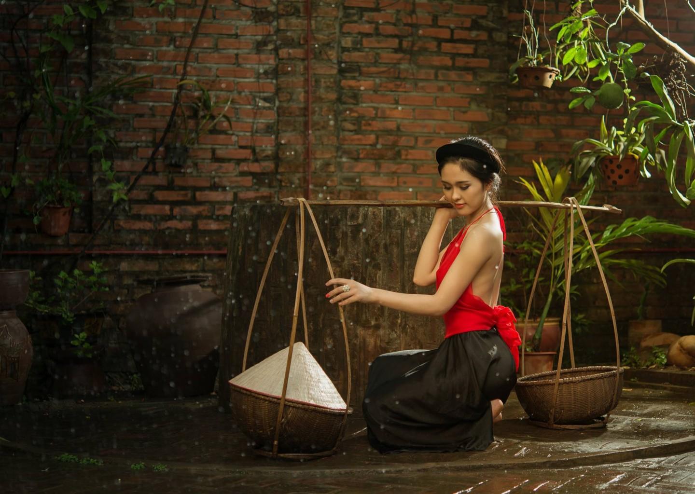 Chụp ảnh nghệ thuật áo yếm việt nam + 4 ...